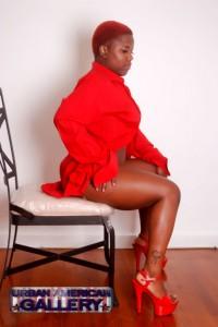 red_shirt_2
